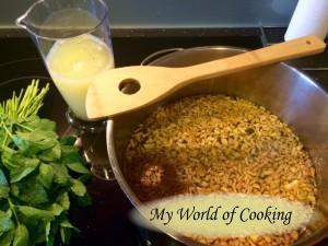 Wasser, Zucker & Ingwer aufkochen