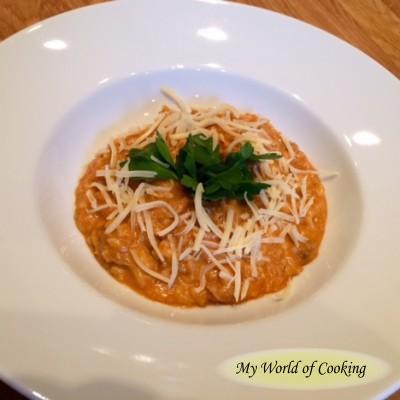 Klassisches Reisfleisch mit Parmesan