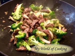 Rindschleisch mit Brokkoli - THAI