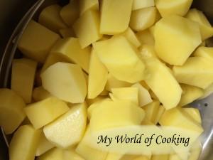 Kartoffeln klein schneiden