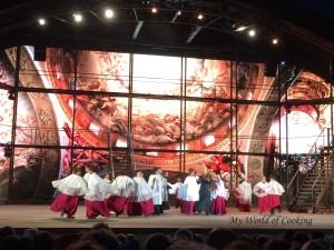 ... fantastisches Bühnenbild ...