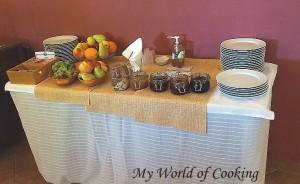 Obst- und Marmeladentheke