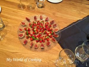 Tomaten-Mozarella-Basilikum-Spießchen