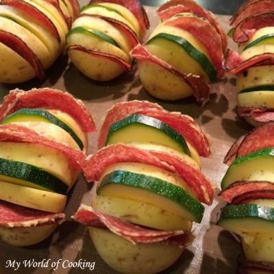 Gratinierte Fächerkartoffeln mit Salami & Zucchini