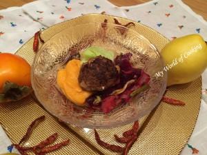 Gefüllte faschierte Laibchen auf Süßkartoffelpüree