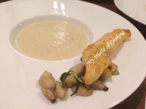 Suppe mit Bergkäsestangerl & Kräuterseitlingen