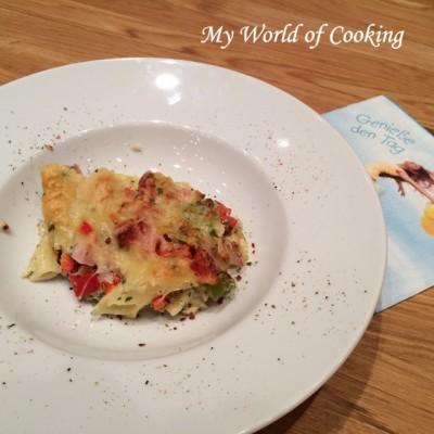 Nudelauflauf mit Pasta Torciglioni, Selchfleisch und Gemüse