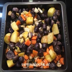 Gemüse-Pfanne mit Schafkäse