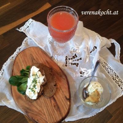 Home-made Ziegenfrischkäse á la M. (oder) Es sind Freunde wie M., die das Leben noch einen Tick schöner machen