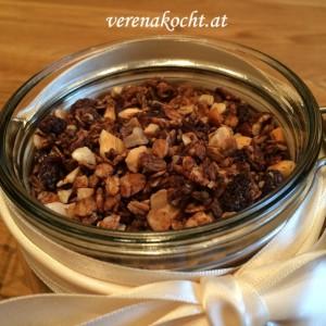 Granola mit Bio-Hanfnüssen & Cold Coffee Brew