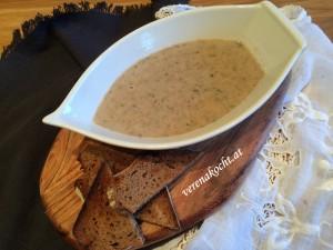 Creme-Süppchen vom braunen Champignon