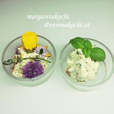 Kräuter- & Blüten(kräuter)butter für den  Grillabend (oder) Blumen sollten täglich auf den Tisch kommen