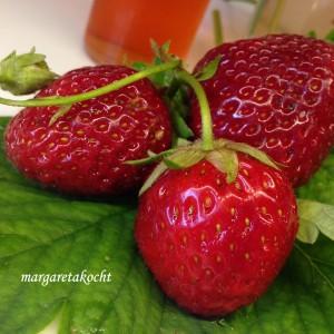 einfacher Erdbeer-Sirup