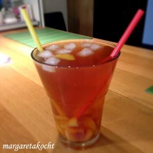 Apfel-Pfirsich-Eistee