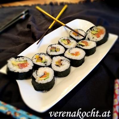 Lachs-Avocado-Maki by B. (oder) Entweder verkürzen wir die Ferien oder B. lernt das Putzen