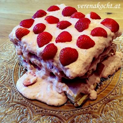 Waffel-Torte mit Erdbeer-Mascarpone-Creme (oder) B.s Ratz-Fatz-Geburtstagstorte