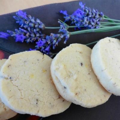 Lavendelkekse – GASTBEITRAG von Susi, der Turbohausfrau