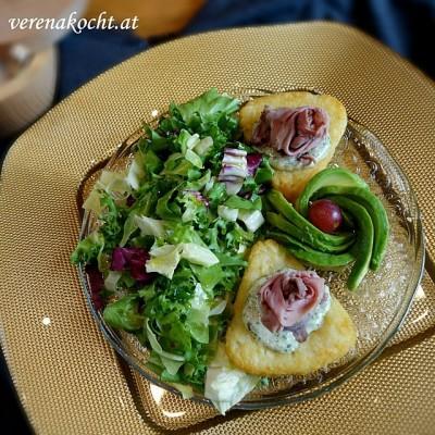 Roastbeef auf Rösti & Salatbouquet mit Sauce Tartare – quick'n'easy