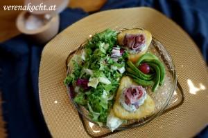 Roastbeef auf Rösti & Salatbouquet mit Sauce Tartare
