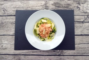 Zoodles al Salmone - low-carb