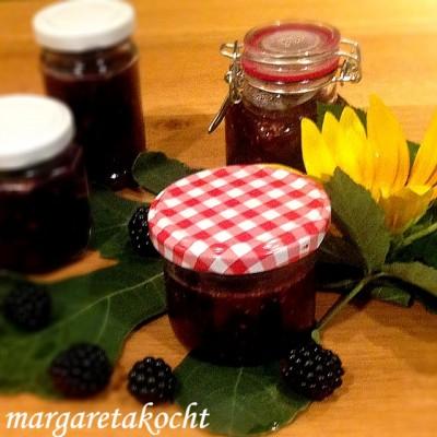 fruchtige Feigen-Brombeer-Marmelade mit Rotwein (und) ab in den Ofen mit dem Wildbraten