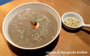 AndSoy - vegane Champignon-Creme-Suppe