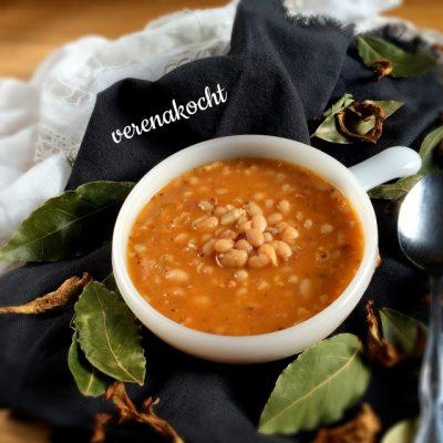 R.s Serbische Bohnensuppe (oder) spätes #latergram vom Jahreswechsel