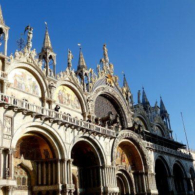 Karneval in Venedig versus Venedig im Herbst (oder) Kultur versus Tourismus