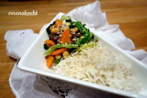 Orientalische Wok-Pfanne mit Grünkohl