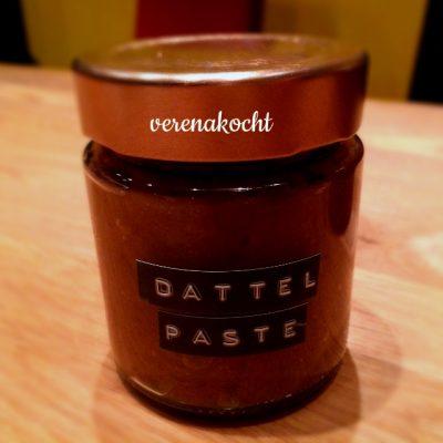 Dattelpaste (oder) das alternative home-made Süßungsmittel von der Dattel