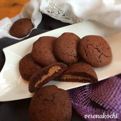 schokoladige Erdnussbutter Cookies (oder) B. bäckt Kekse à la JUNIKA