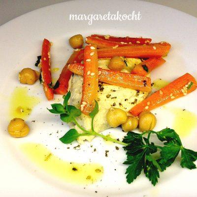 marinierte Karotten auf home-made Humus (oder) Wer hat die Antworten auf Teenie-Fragen?