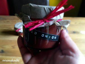 pikante Marmelade von roten Zwiebeln & Rotwein
