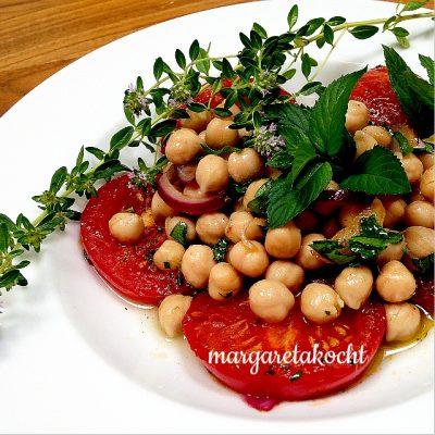 """geschmolzene Tomaten mit marinierten Kichererbsen (oder) Spaß haben oder sich nur """"halb"""" fühlen?"""