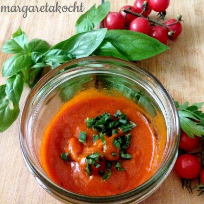 Tomatensauce mit Thymian (und) Jetzt wird eingekocht!