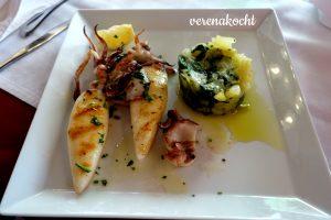 Lignje vom Grill & Kartoffelstampf mit Mangold