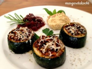 gefüllte & überbackene Zucchini