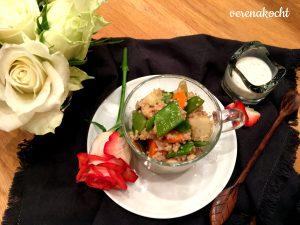 Gemüse Couscous mit Harissa Hühnchen