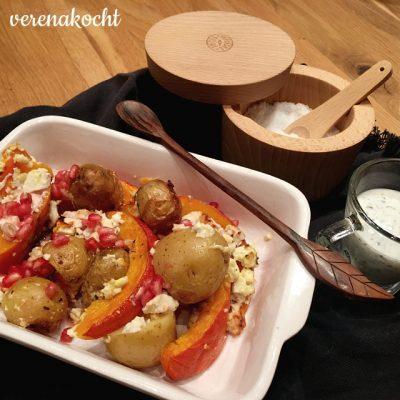 herbstliche Ofen-Gemüse-Packerln (oder) Granatapfel küsst Kürbis, Kartoffel & Feta