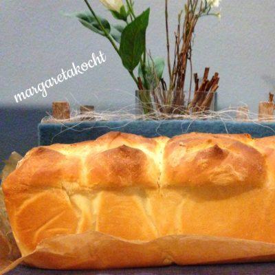 süßes Hefebrot mit brauner Butter nach Donna Hay (oder) Kuchen zum Frühstück? Ich sag – JA, heute schon!