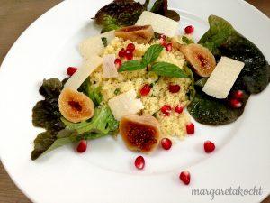 warmer Couscous Salat mit Granatapfel & Feigen