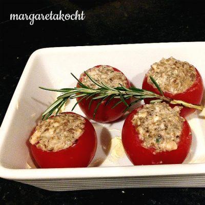 gefüllte, gratinierte Tomaten und Paprika (und) Mit Power in die neue Woche!
