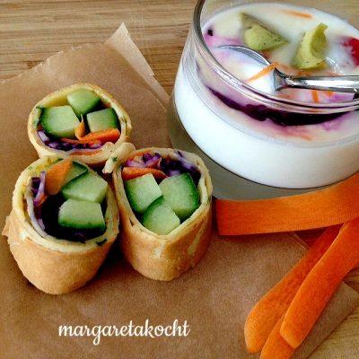 vegetarisch gefüllte Kräuter Palatschinken Wraps (oder) fein chillig ins Neue Jahr