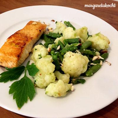 gebratenes Lachs-Filet mit knackigem Pesto-Gemüse – (noch) Genuss oder (schon) Leiden?