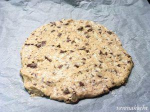 Riesen Cookie mit Kirschenmarmelade gefüllt