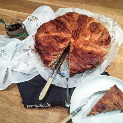 Brioche Nougat Kringel mit Amaretto (oder) Noch nicht genug Süßkram gegessen?