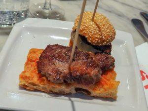 Mini-Steak con Pa amb Oli