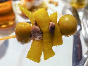 Olive - Pfefferoni - Sardelle