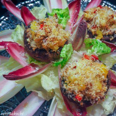 überbackene Portobello Pilze mit Couscous (und) Was uns im Juni bevorsteht …
