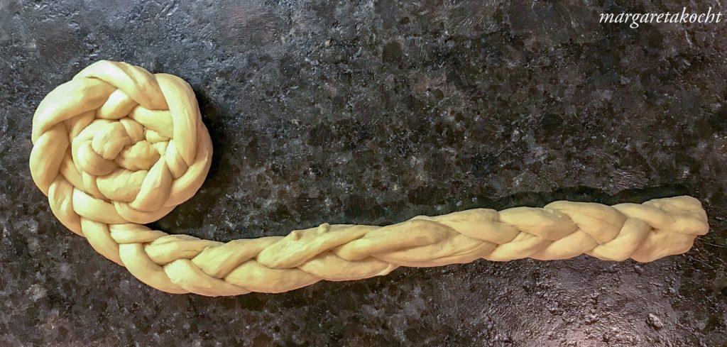 geflochtene Frühstücks-Weckerln